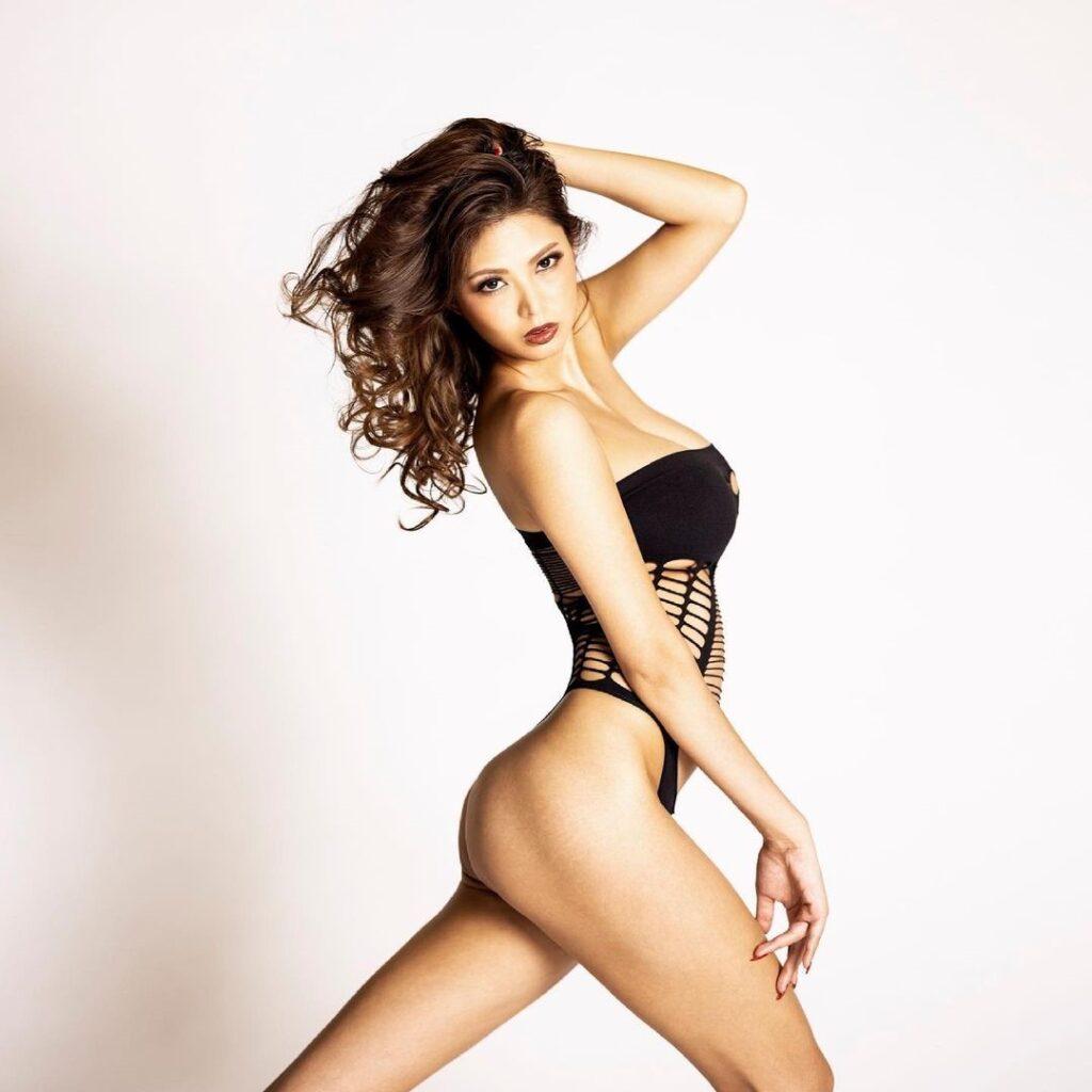 Sexy Japaese Girl