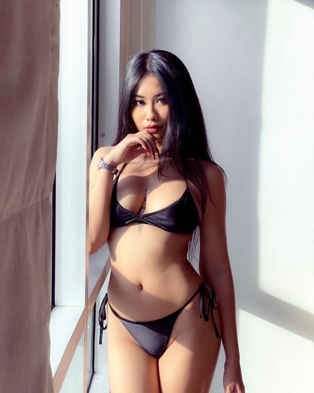 Sexy Thai Bride